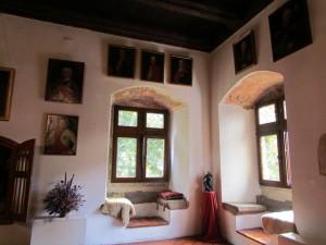 Zamek Dębno - wnętrza zamkowe